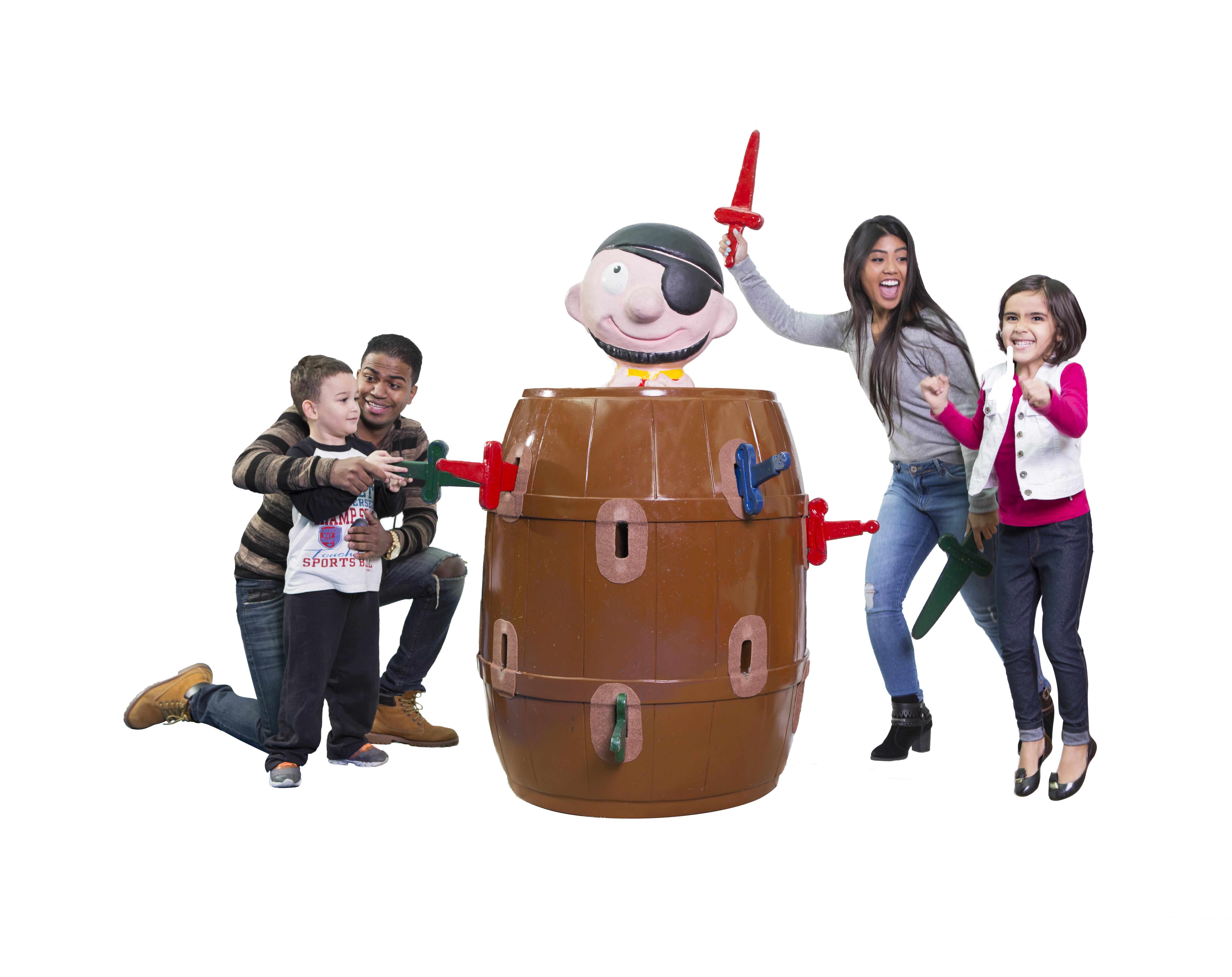 Brinquedos gigantes são a nova atração de férias do Shopping Parque Balneário