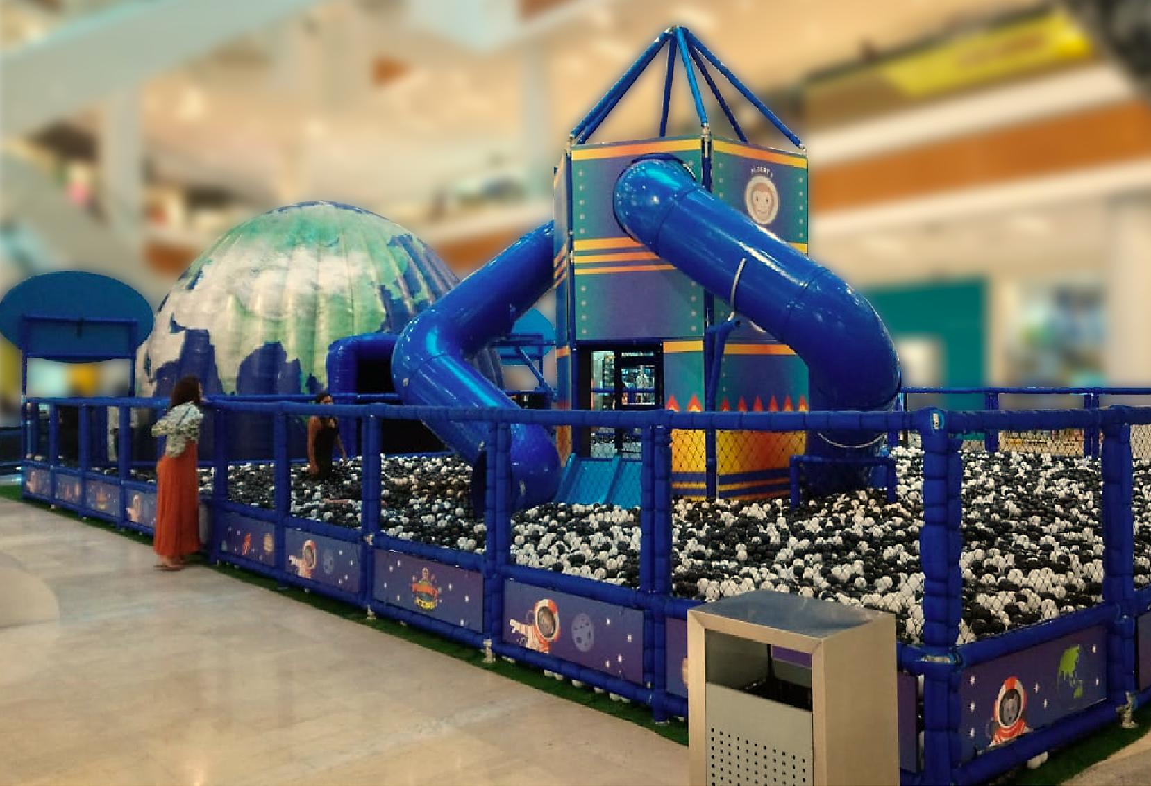 Planet Kids diverte e ensina crianças no Shopping Parque Balneário