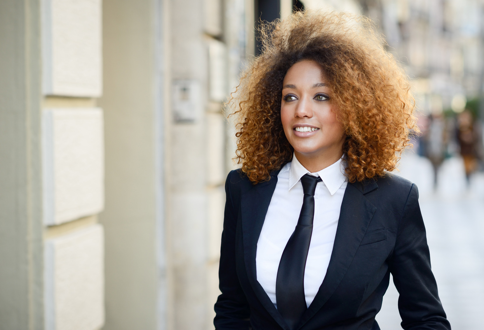 Conheça A 'Moda Sem Gênero', Nova Tendência Nas Passarelas E Nas Ruas
